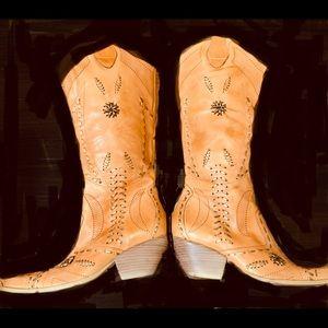 BCBG girls western boots